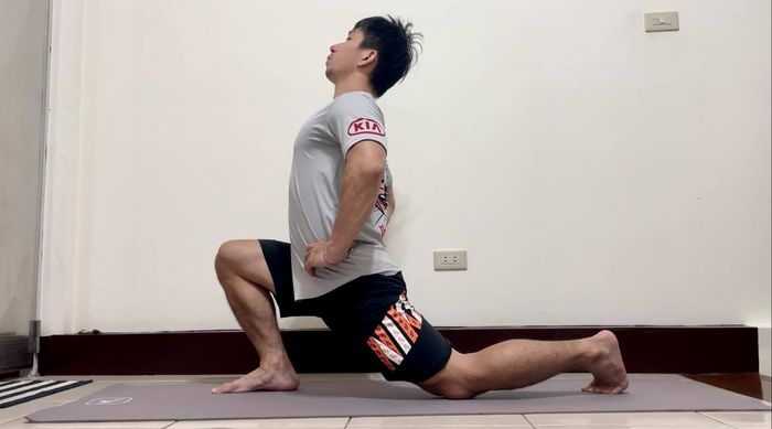 髂腰肌伸展NG動作